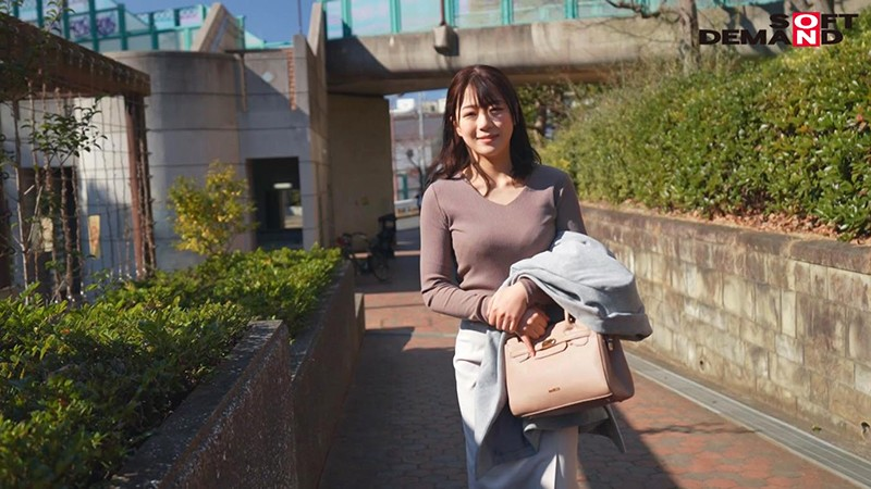 第二个坂井千晴!出道即引退!24岁的小妈妈为了脸红心跳下海!