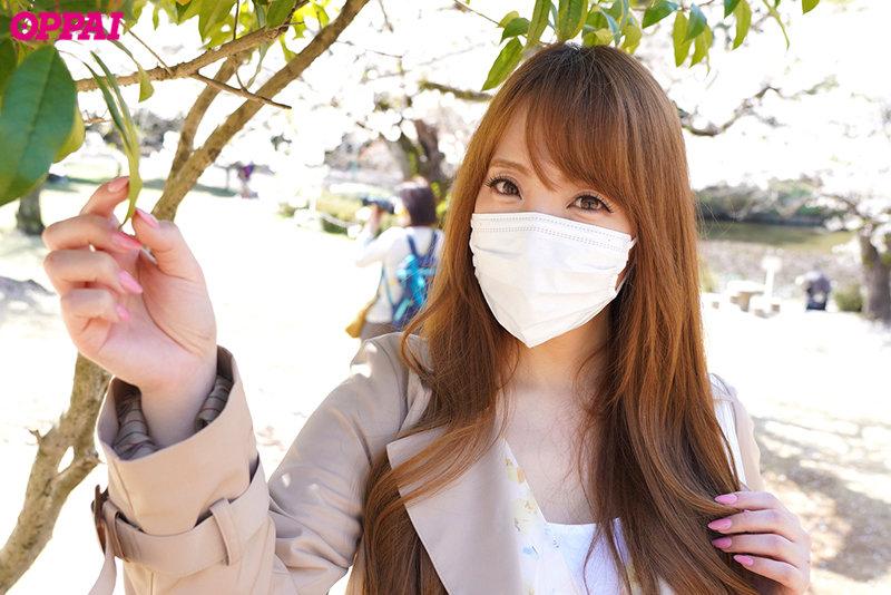 没有脚本!狂甩O奶!超巨乳的Hitomi回来在温泉和男优大战!